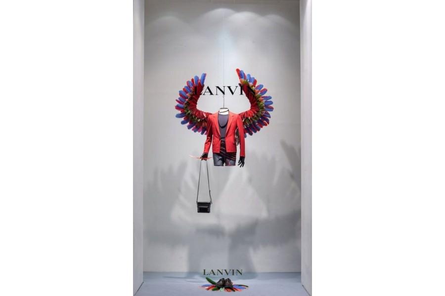Ideas para decorar escaparates de tiendas de moda